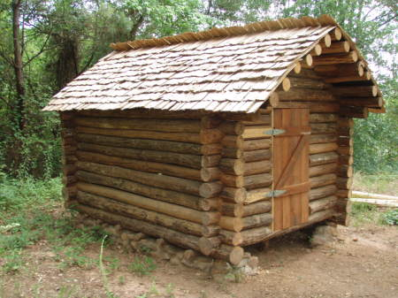 This Is The West Side Of The Cabin. The Spaces Between The Logs Are Fairly  Tight, And Iu0027m Leaving Them Unchinked To Allow Air Circulation: