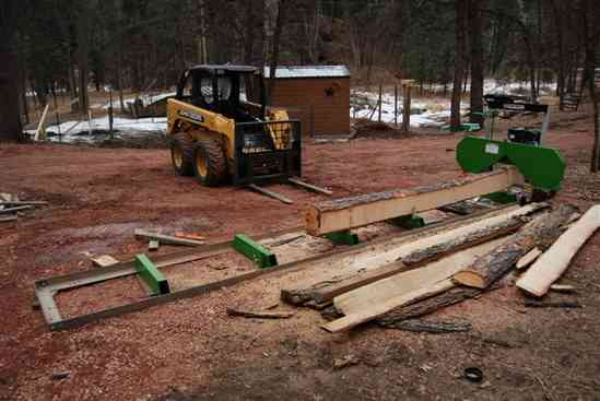 harbor freight sawmill. with the crap blade,its only 7hp. i will test it next week on some 20\ harbor freight sawmill