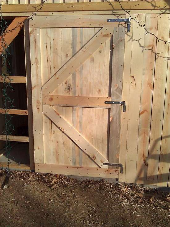 Reply #16 on: November 22 2012 12:33:36 am » & Who has built their own rustic doors????? Pezcame.Com