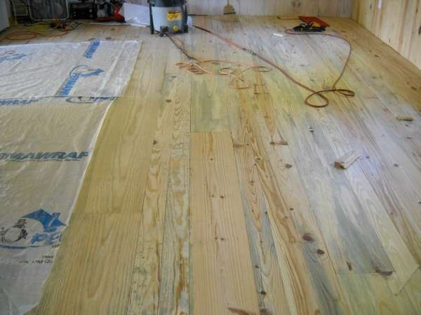Poplar as flooring in Sawmills and Milling