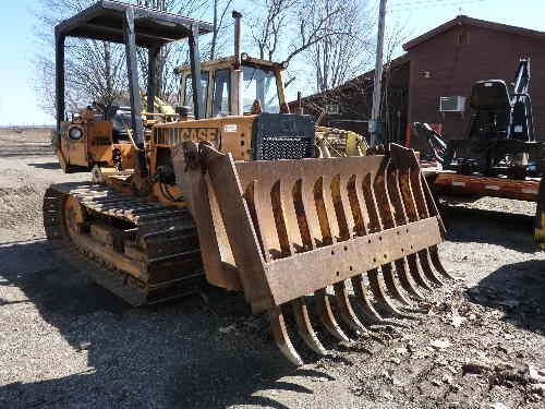 Converted Case 475 Crawler in Forestry and Logging