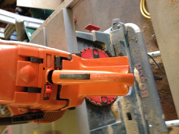 Husqvarna 394XP chainsaw in For Sale