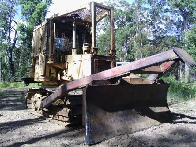 Dozer for land clearing & trail/logging road work in